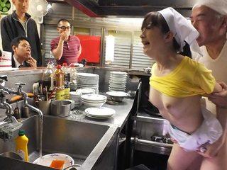 Mimi Asuka romped in a restaurant in public